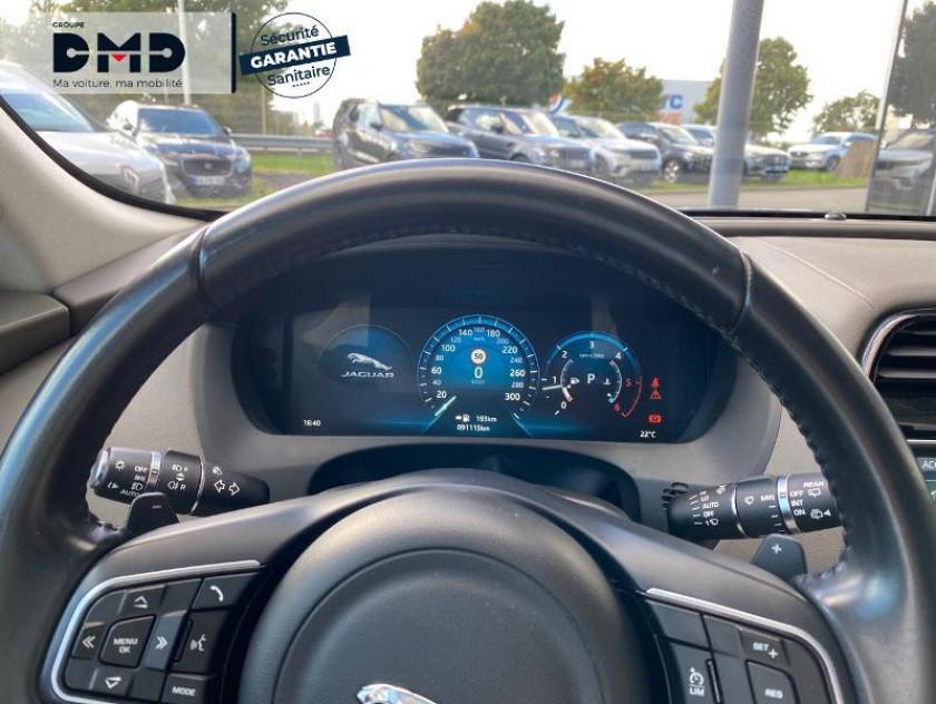 Jaguar F-pace 2.0d 180ch Portfolio 4x4 - Visuel #7