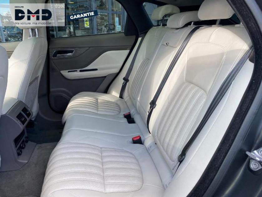 Jaguar F-pace 2.0d 180ch Portfolio 4x4 - Visuel #10