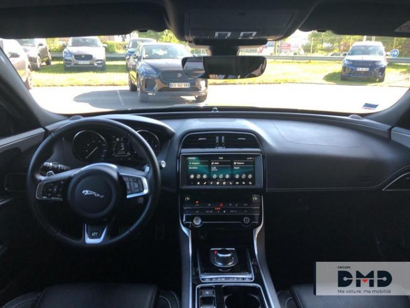 Jaguar Xe 2.0t 200ch R-sport Bva8 - Visuel #5