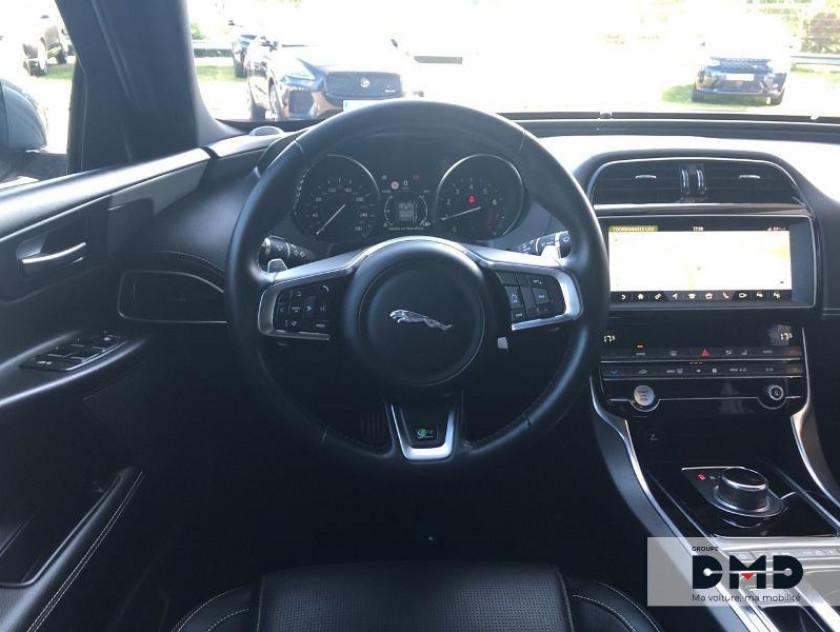 Jaguar Xe 2.0t 200ch R-sport Bva8 - Visuel #7