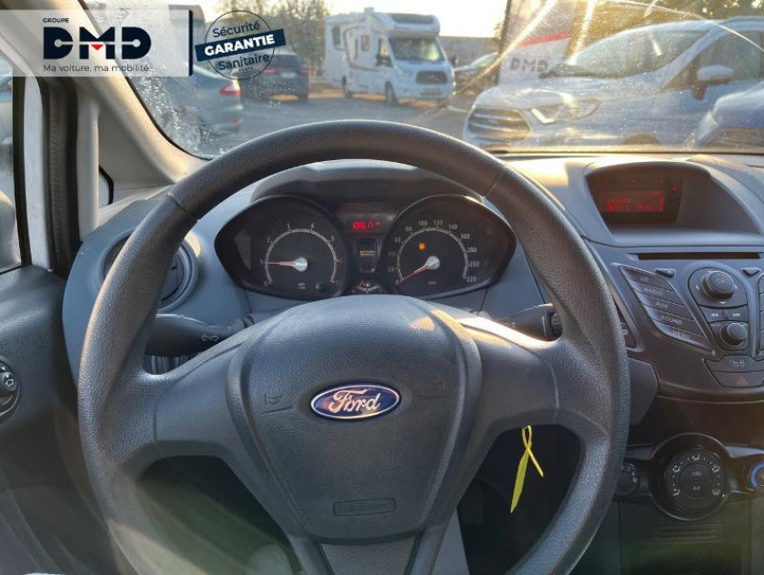 Ford Fiesta 1.25 82ch Ambiente 5p - Visuel #7