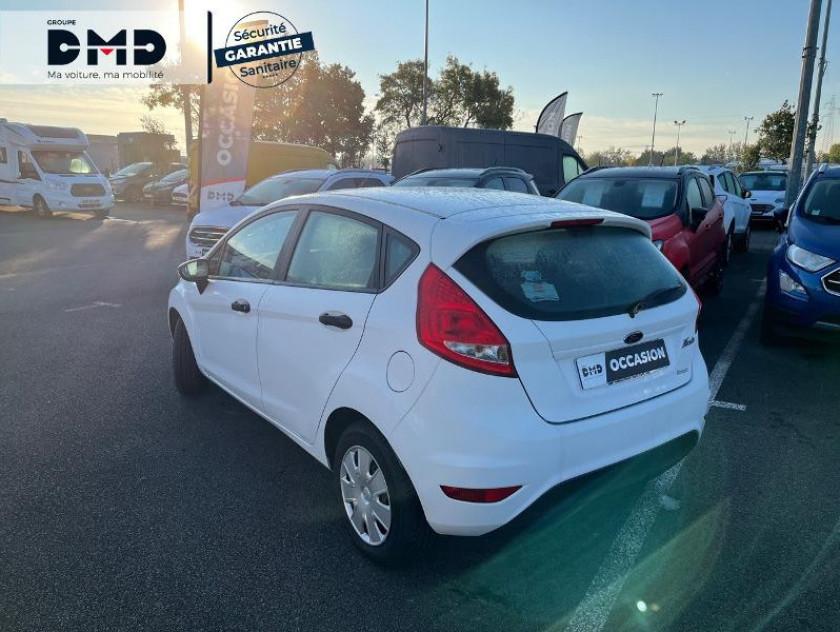 Ford Fiesta 1.25 82ch Ambiente 5p - Visuel #3